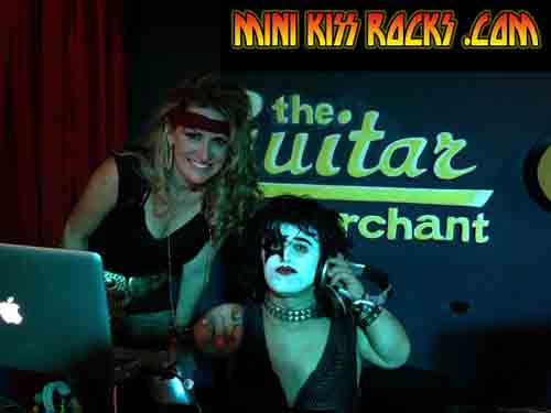 MIDGET MIGHTY MIKE PAUL MINI KISS ROCKS DJIN